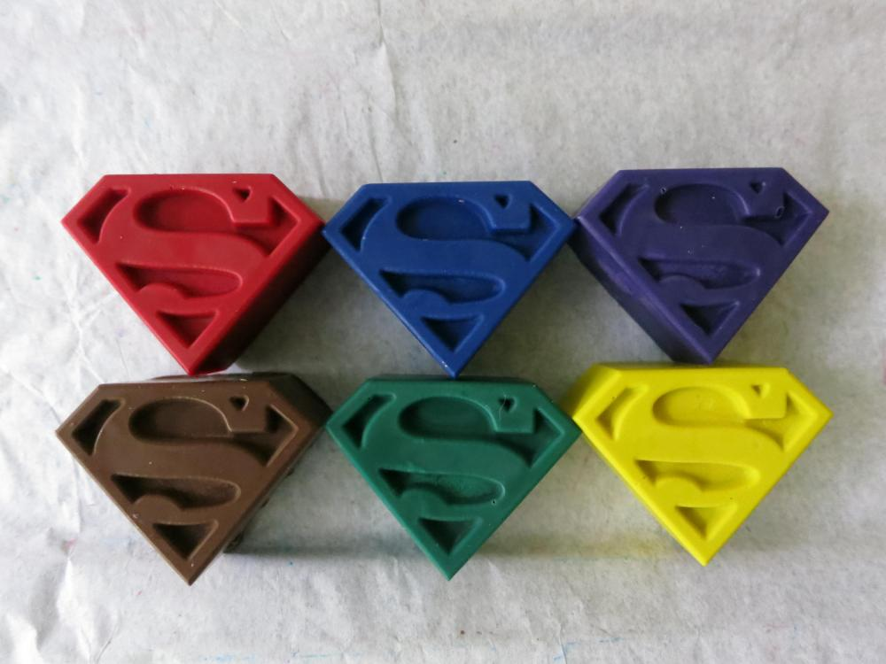 Superman or Supergirl Emblem Crayon Set of 8