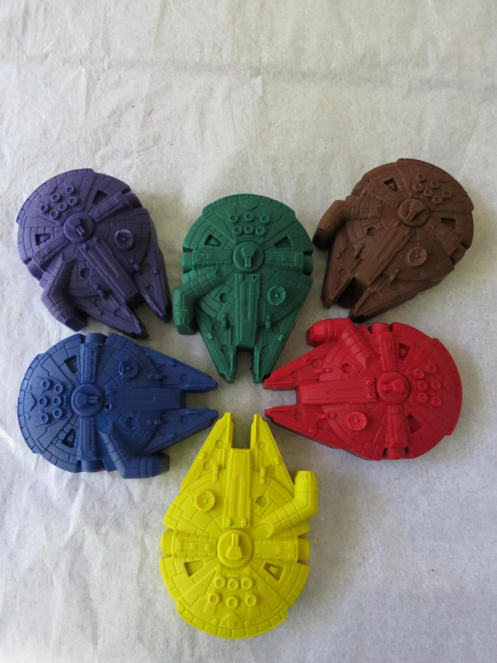 Large Millennium Falcon Crayon Set of 6